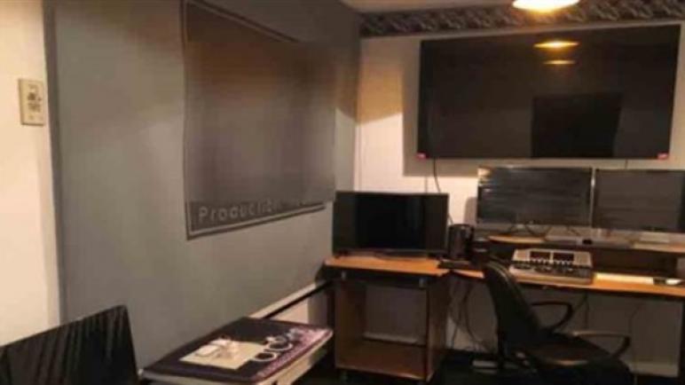ضبط شركة إنتاج فني واستديو تسجيل صوتى بدون ترخيص بالدقى